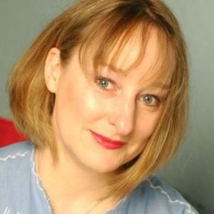 Lori-Fischer-Barbaras-Blue-Kitchen-Cabaret-Scenes-Mag-sq