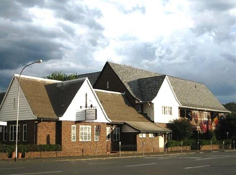 The Royal Country Inn