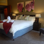 Elephant Lake Hotel Rooms