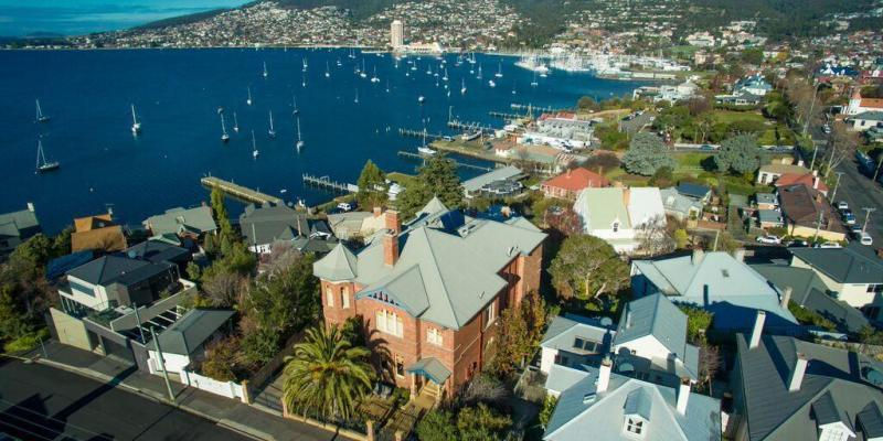 Grande Vue Private Hotel - Accommodation in Hobart - Luxury Accommodation in Hobart - Luxury Accommodation Hobart - Best Hotels in Hobart - Hotels in Hobart - Hobart's Best Hotels