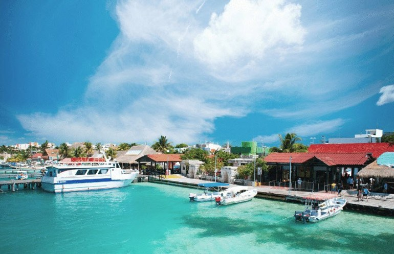 Mexico Tourist Destination - Mujeres Island