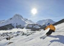 European-Skiing-in-Austria-Alps