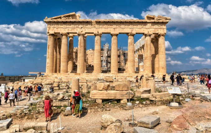 Travel-Tips-to-Greece