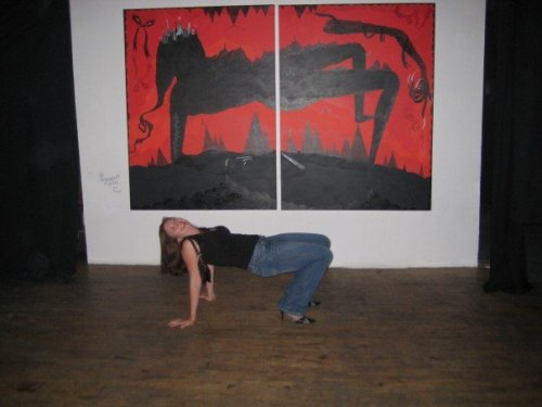 Me mimicking art at a gallery on Queen West, Nuit Blanche 2007