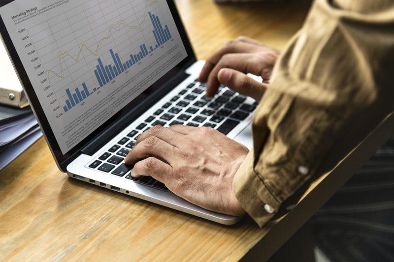 ネット販売をする場合のクラウド会計の選び方