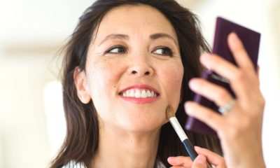 This Woman Wore Makeup Daily for 22 Years. Here's How Her Husband Reacted when She Stopped Doing it