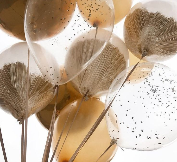 Sur Pinterest New Year's Eve • balloons • gold