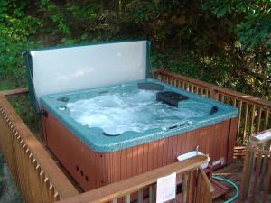 Hot Tub Repairs - 414-454-0611 16 Accurate Spa and Pool