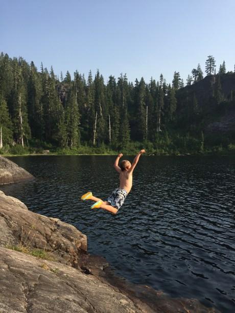 Lindsay Warder - Love those summer lakes!