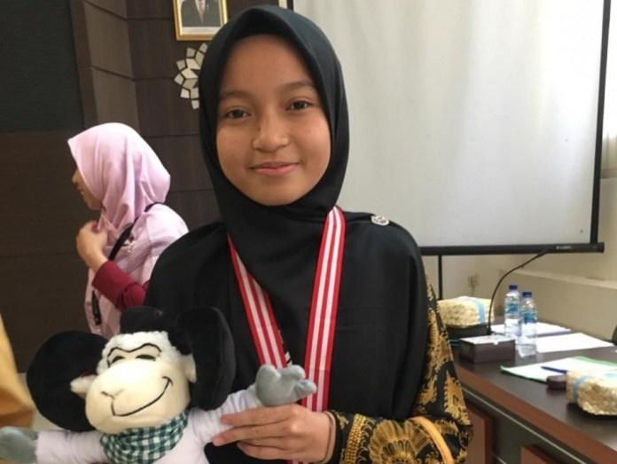Khaira Kamila, Murid Jeumala Amal Juara 3 Pidato Bahasa Inggris di Pospenas 2019