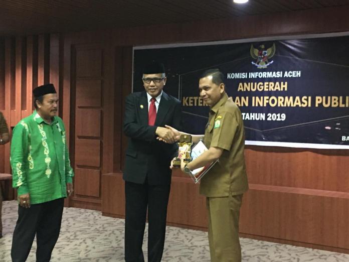KIA Beri Anugerah Keterbukaan Informasi Badan Publik 2019 di Aceh