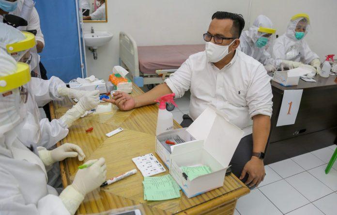 Pemerintah Aceh Mulai Lakukan Rapid Test bagi ASN