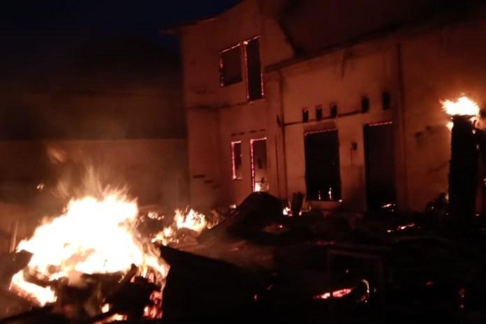 Dua Mahasiswi Meninggal Dunia dalam Kebakaran Rumah di Banda Aceh
