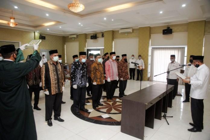Kemenag Aceh Lantik 13 Pejabat Administrator, Pengawas dan Fungsional