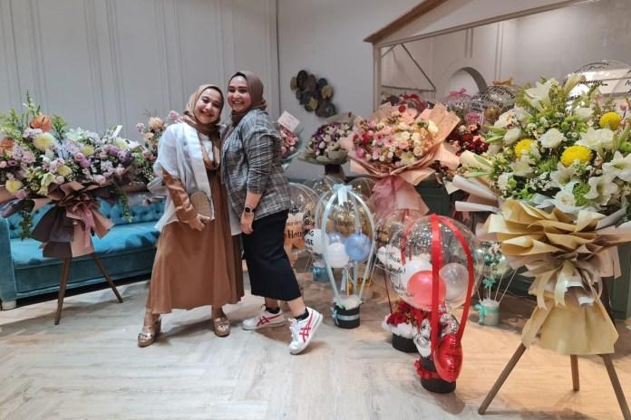 Cerita Yana dan Yani Jualan Door to Door hingga Punya Butik di Banda Aceh
