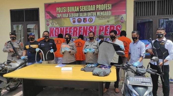 Polsek Lueng Bata Ungkap Kasus Pencurian Uang Kotak Amal Masjid, 5 Orang Ditangkap