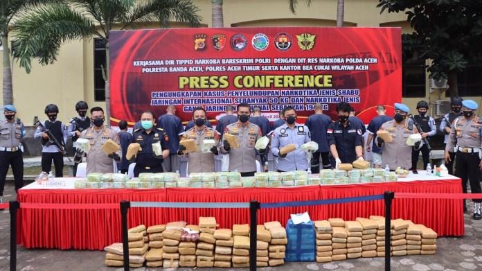 Tim Gabungan Ungkap Penyelundupan 50 Kg Sabu-Sabu dan 194 Kg Ganja di Aceh