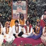 Beatles-in-India-Paul-Satzman-p114-115-REMPLI