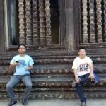 Pose di Angkor Wat