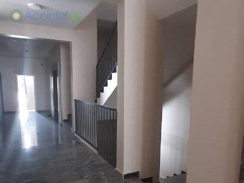 3 bedroom flat for sale in ikate lekki - stairs