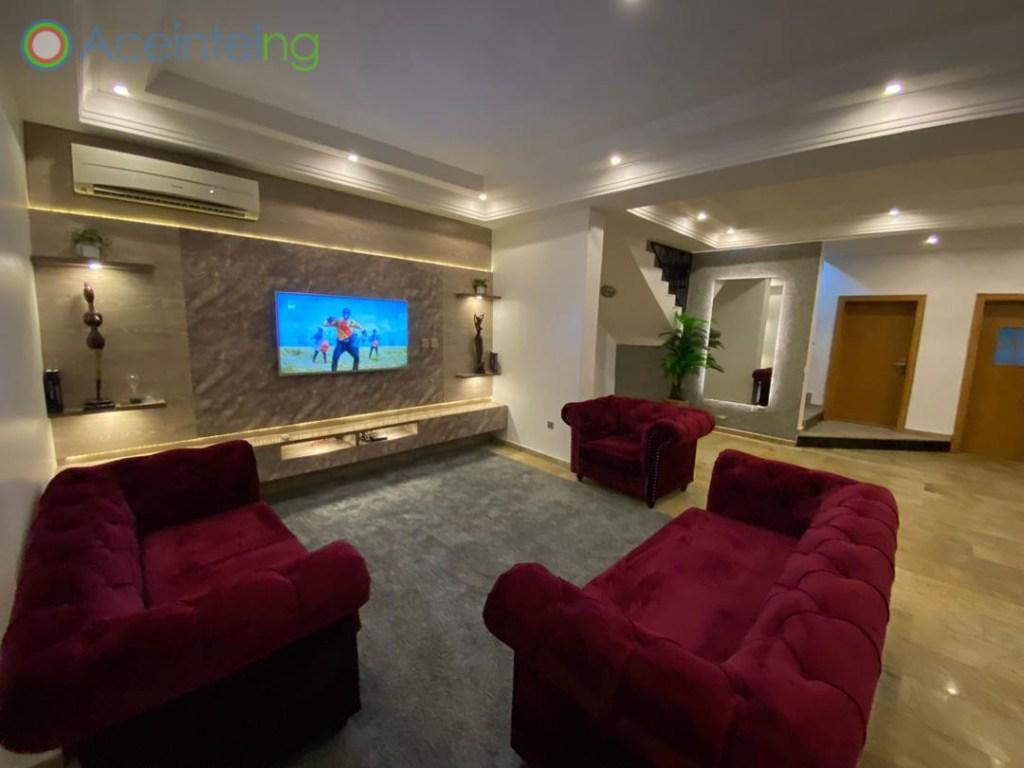 4 bedroom duplex for shortlet in lekki phase 1 lagos - tv