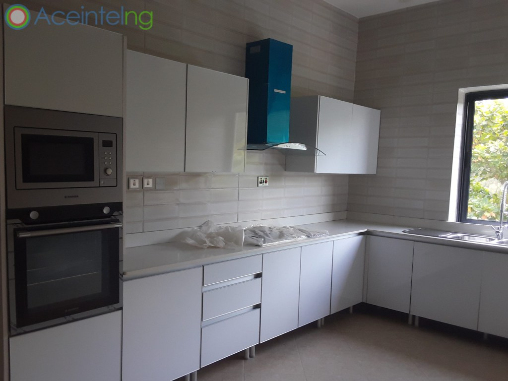 5 bedroom duplex for sale in banana Island ikoyi - fitted kitchen