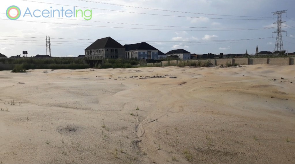 Land for sale in Thomas estate