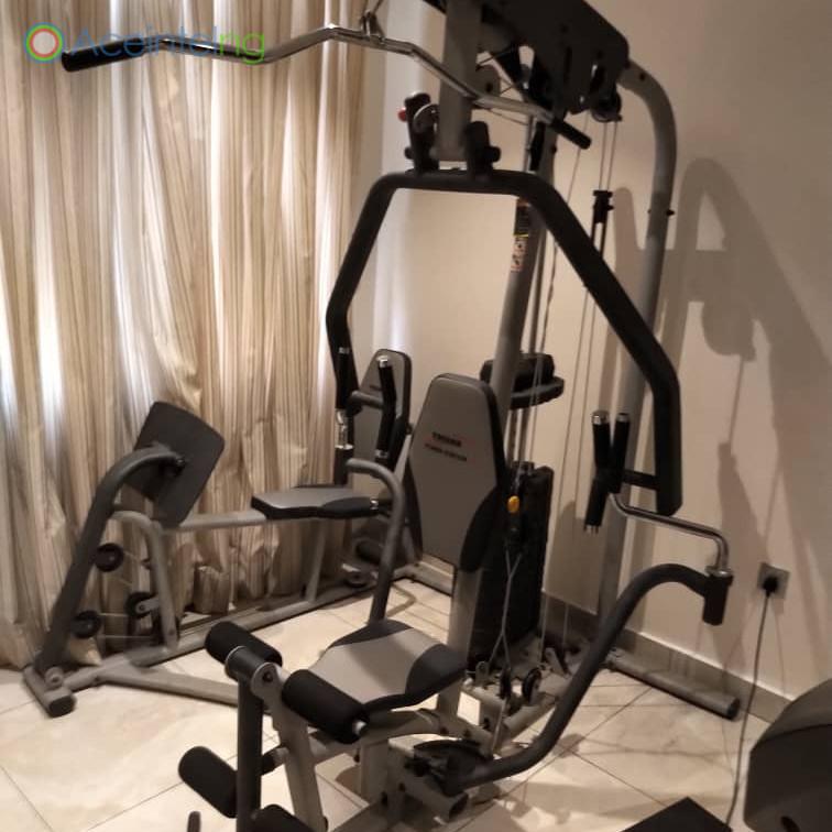 3 bedroom flat for short let in 1004 VI - gym