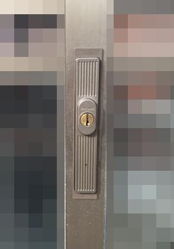 一戸建て・一軒家玄関 鍵開け・鍵修理