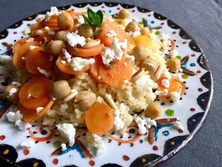 Bulgur con carote al cumino, ceci e feta