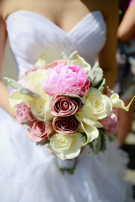 pink-white-peony-wedding-bouquet