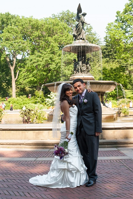 angel-of-the-waters-fountain-wedding
