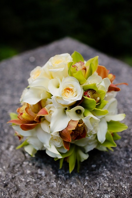 citrus-cymbidium-bouquet