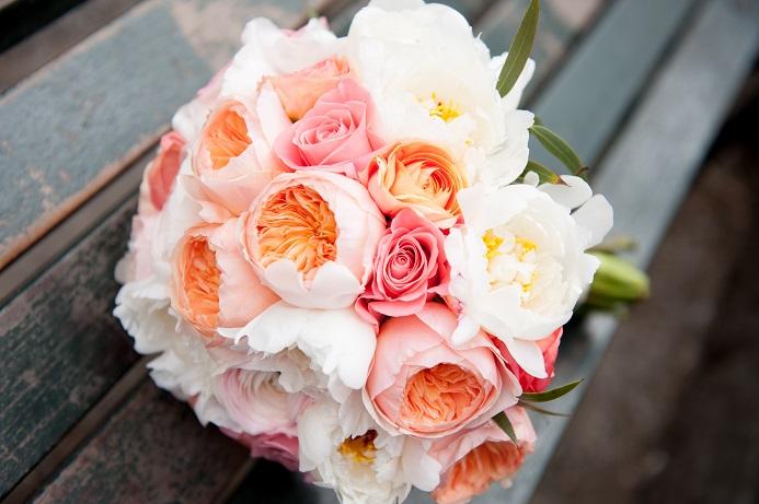 Peach Coral White Bridal Bouquet. Juliet Garden Roses ...