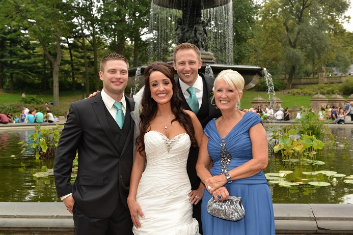 family-portrait-bethesda-fountain