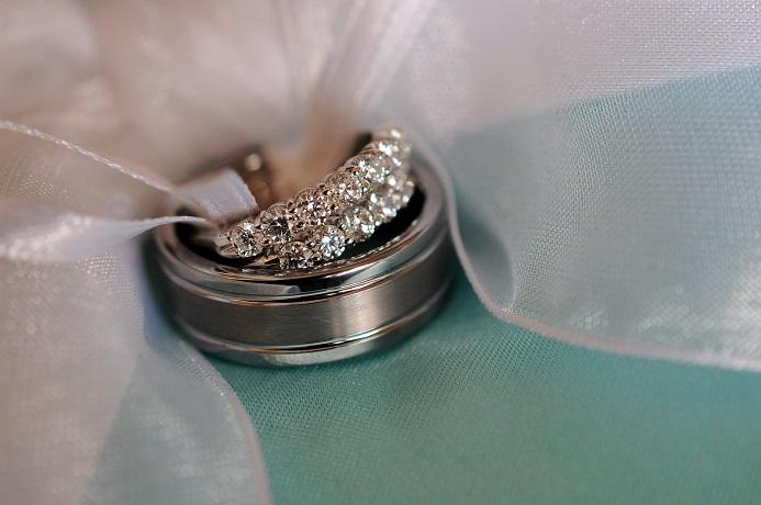 wedding-ring-detail-shot