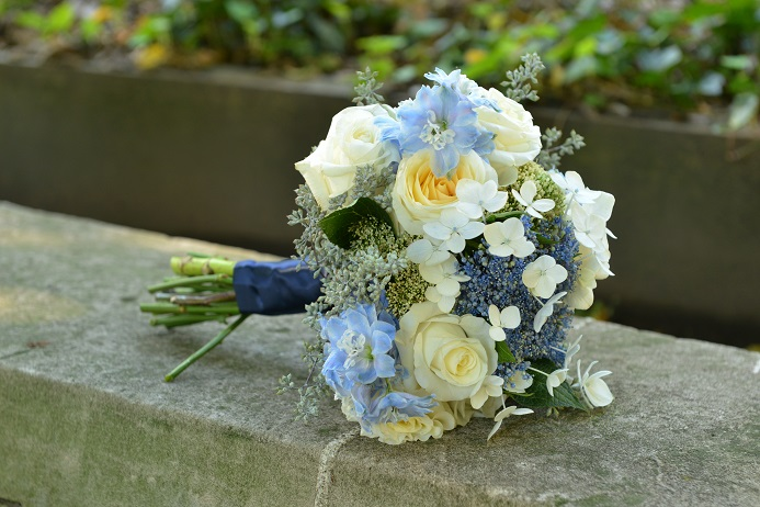 blue-and-white-bridal-bouquet