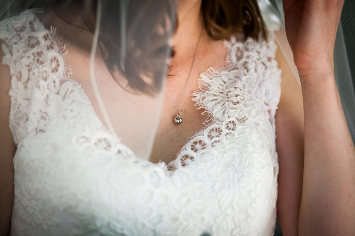 wedding-dress-detail-photo-central-park