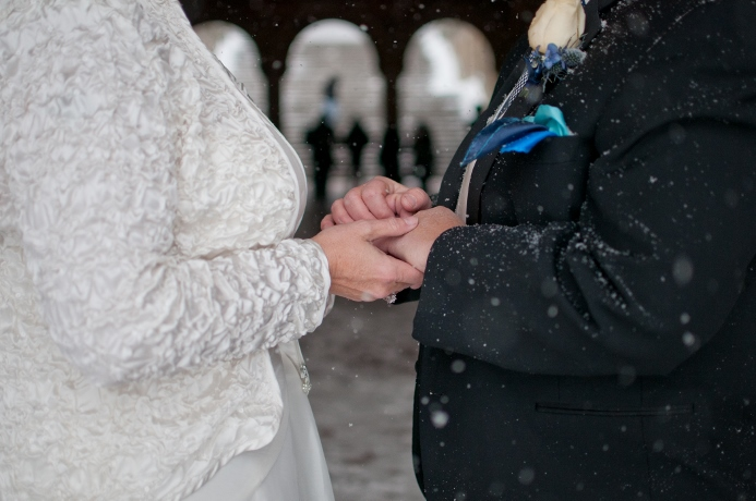 bethesda-fountain-arches-winter-wedding