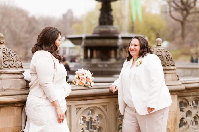bethesda-fountain-central-park-wedding-portraits-spring