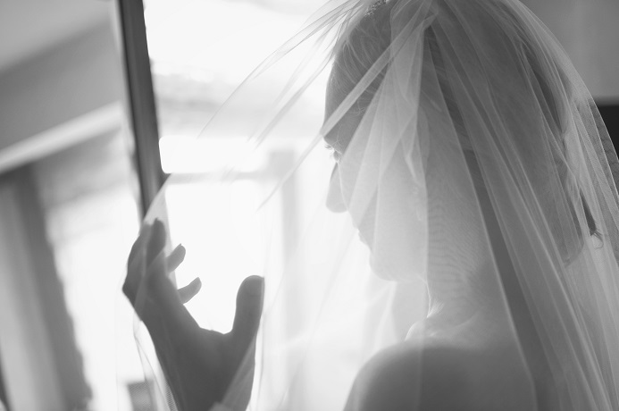 getting-ready-photo-bride-nyc