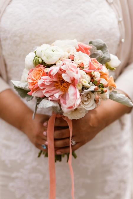 spring-wedding-bouquet-dusty-miller-ranunculus-peonies-roses