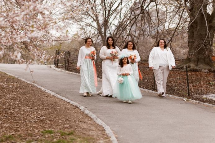 wedding-party-spring-central-park