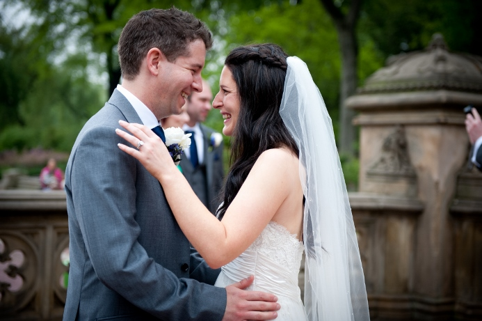 spring-wedding-at-bethesda-fountain (18)