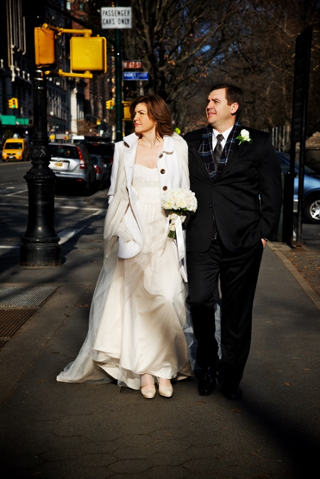 winter-elopement-at-bow-bridge-21