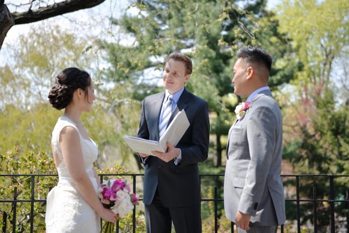 spring-wedding-at-shakespeare-garden-20
