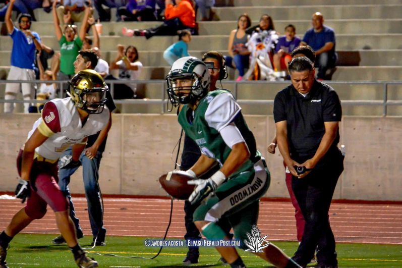 District 1-6A showdown between the El Dorado Aztecs vs Montwood Rams