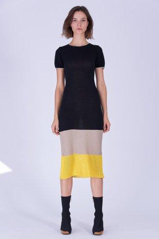 Acephala Fw19 20 Black Beige Yellow Knitted Dress Czarna Bezowa Zolta Sukienka Dzianina Front 1