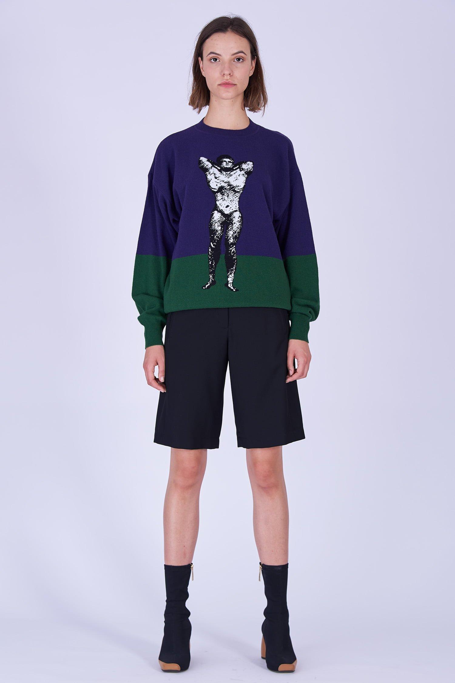 Acephala Fw19 20 Purple Green Bodybuilder Jumper Black Shorts Fioletowo Zielony Sweter Czarne Szorty Front 2