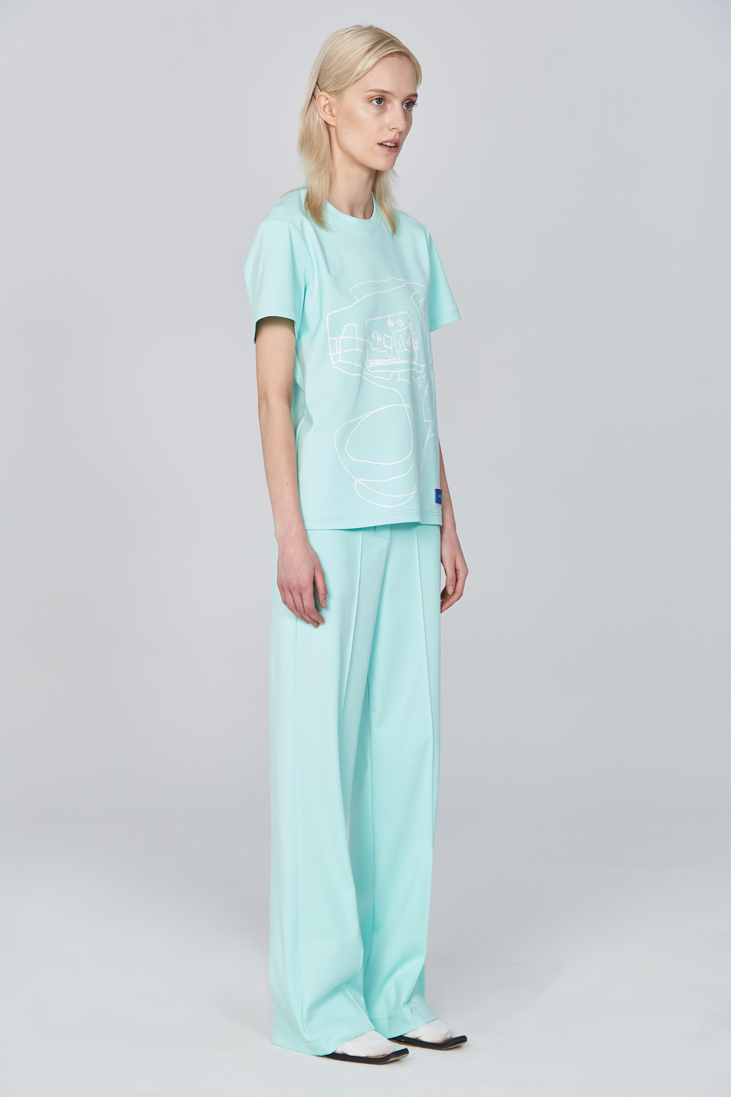 Acephala Ss21 Mint T Shirt Flared Trousers Front Side